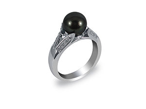 Alson Special Value 14K White Gold Ring, Featuring an 8-9MM Tahitian Pearl, Accented with Sixteen Round Diamonds =.20cts Total Weight