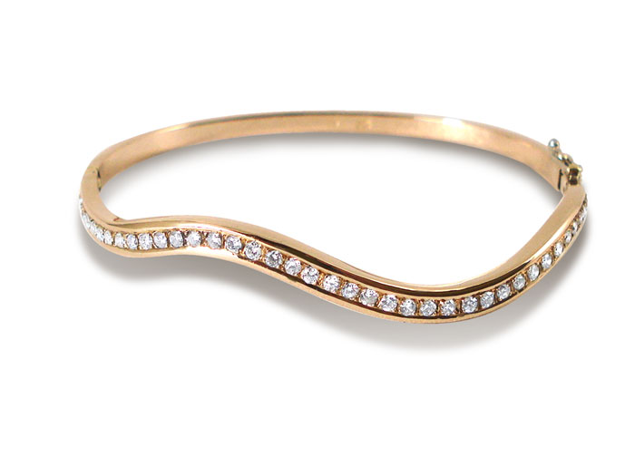 Alson Estate Collection 14K Yellow Gold Bangle Bracelet, Features Forty-Six Round Diamonds = 1.00 Carats Total Weight